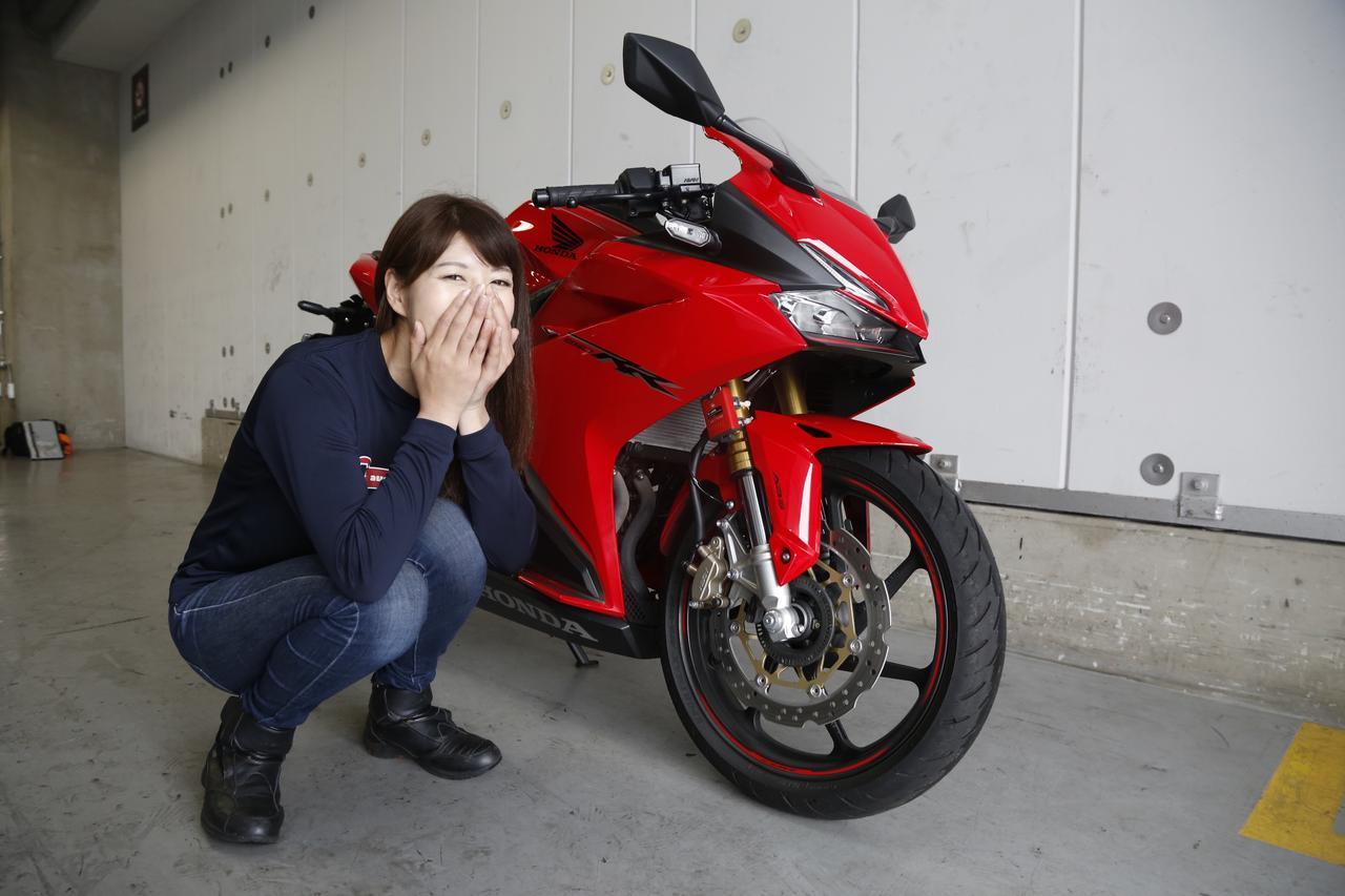 画像5: 大関さおり×HONDA CBR250RR【オートバイ女子部のフォトアルバム】