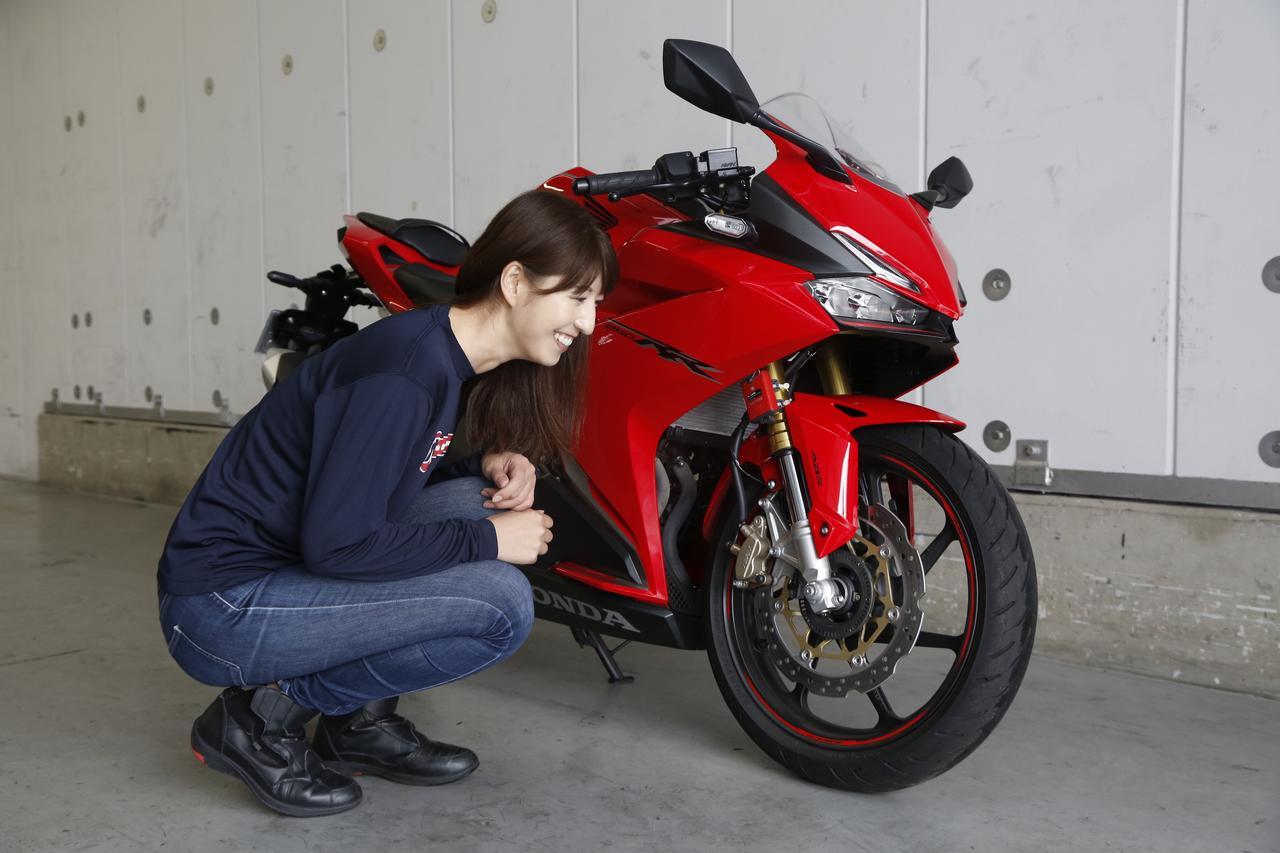 画像4: 大関さおり×HONDA CBR250RR【オートバイ女子部のフォトアルバム】