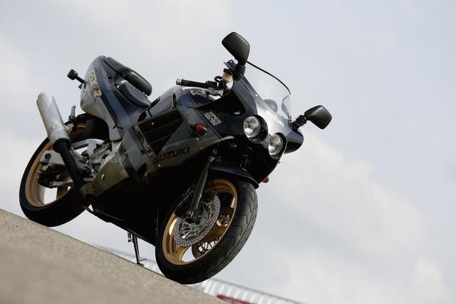 画像: SUZUKI GSX-R250R(1989年) - webオートバイ