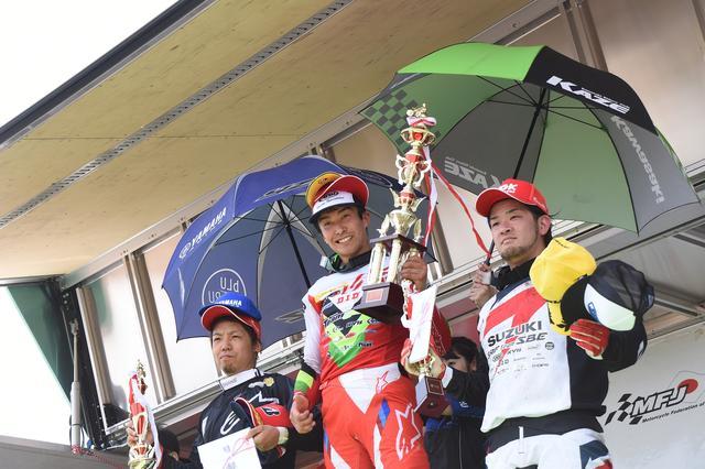 画像: ヒート1表彰式 開幕戦ヒート1で表彰台を独占したホンダ勢がいません!