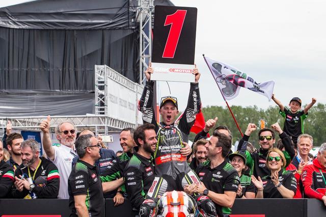 画像: 12レース目の初優勝! カワサキに移籍して4年、こんなに勝利が遠かったことはなかったでしょう