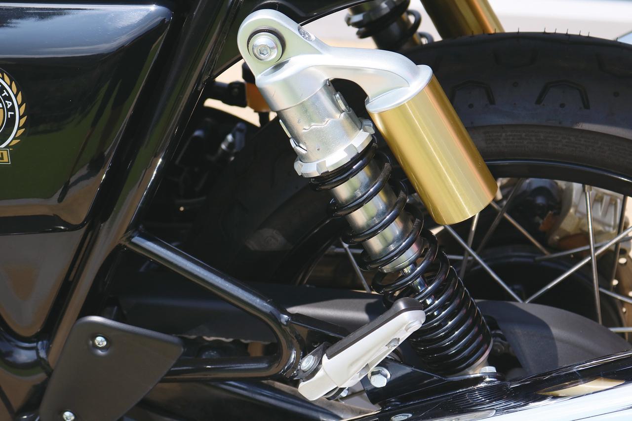 Images : 9番目の画像 - 「伝統のブランド「ロイヤルエンフィールド」って知ってる? 『ROYAL ENFIELD CONTINENTAL GT650』(2019年)#試乗インプレッション」のアルバム - webオートバイ