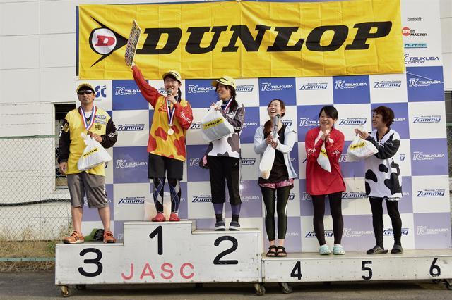 画像: 1位・吉竹智美、2位・土橋朋子、3位・吉岡由紀子、4位・岡野月子、5位・石渡愛美、6位・草野涼子