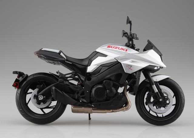 画像2: 青島文化教材社の「1/12 完成品バイク」シリーズ! 「銀」も「黒」も2019年7月発売予定!
