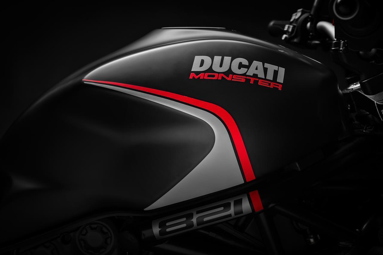 画像1: DUCATI「Monster 821 Stealth」、発売日は2019年6月22日!