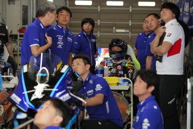 画像: 全日本では開幕2連勝のあと、高橋に4連勝を許した中須賀 「昨年までのマシンの高バランスをいったん崩して2019年鈴鹿8耐仕様のマシンを作っているから、ちょっと全日本で上手くいっていないんです」(中須賀)
