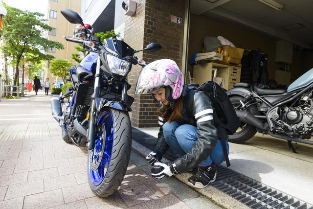 画像2: 集合場所のオートバイ編集部へ。