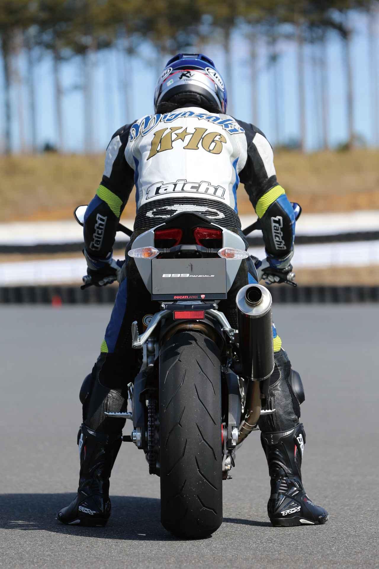 Images : 5番目の画像 - 「ベストバランスが光るミドルパニガーレ日本上陸!!「DUCATI 899 PANIGALE」(2014年)」のアルバム - webオートバイ