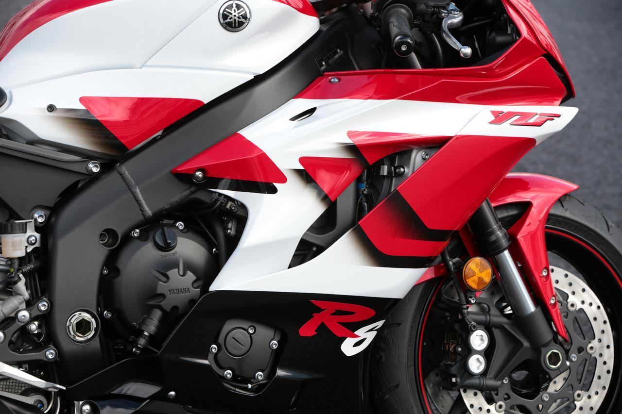 Images : 4番目の画像 - 「【全方位写真】1台限定の抽選販売? YZF-R6の20周年を記念して、復刻カラーバージョンが出現!」のアルバム - webオートバイ