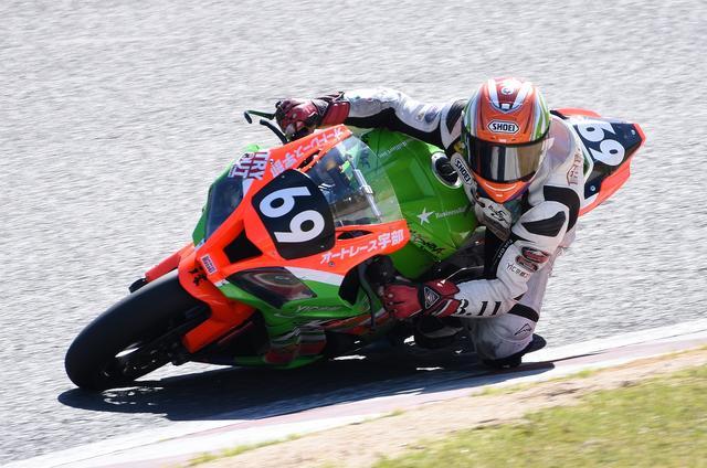 画像: 鈴鹿2&4の時の山科カワサキ・桐井 このレースでは予選不通過でファイナルに回っていました
