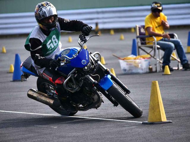 画像: 【オートバイ杯ジムカーナ】第2戦 フォトレポート(その1:表彰台) - webオートバイ