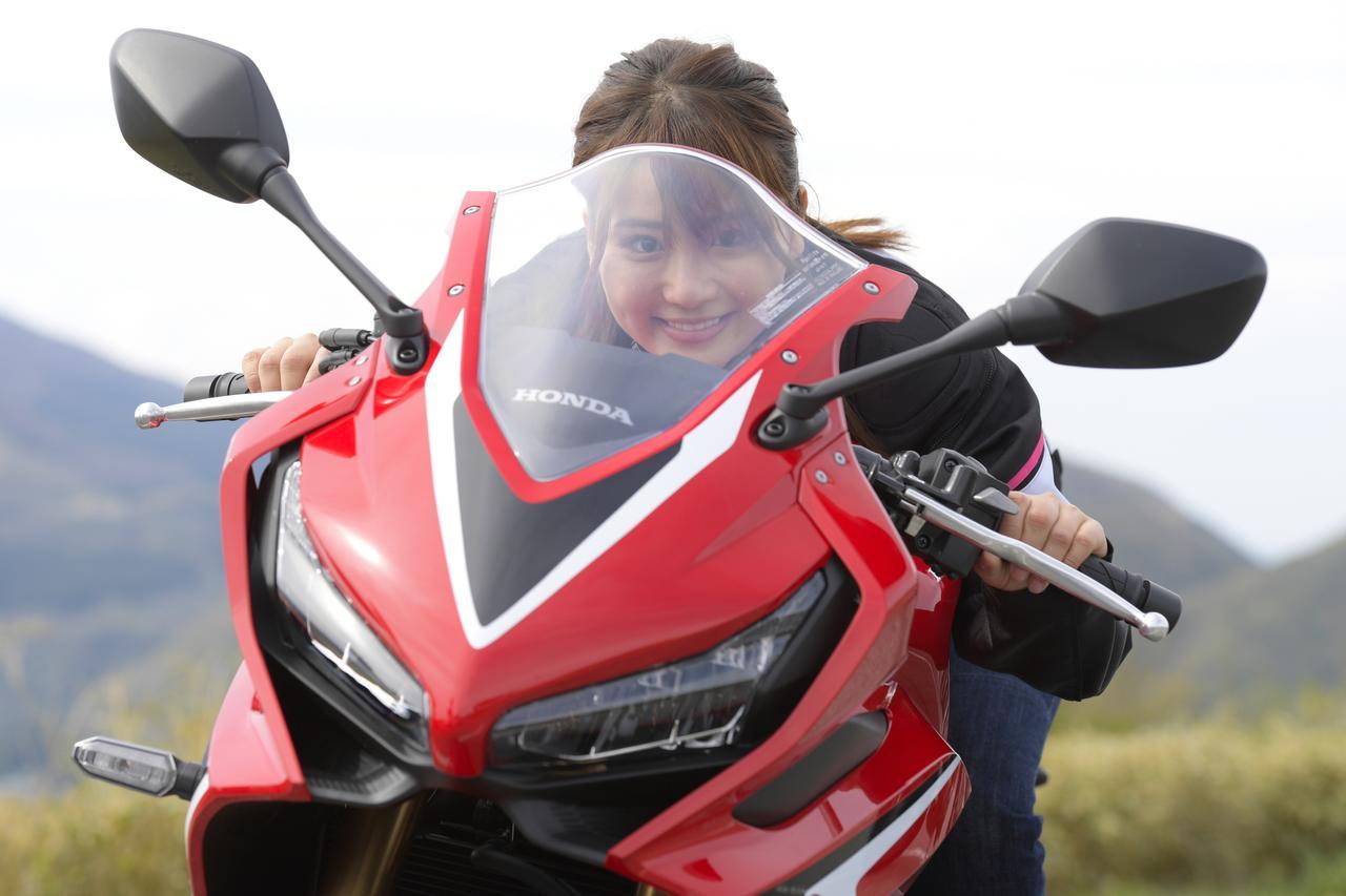 画像: ーーなるほど。確かに足着きが悪いバイクで止まる時、つんのめると怖いもんね。