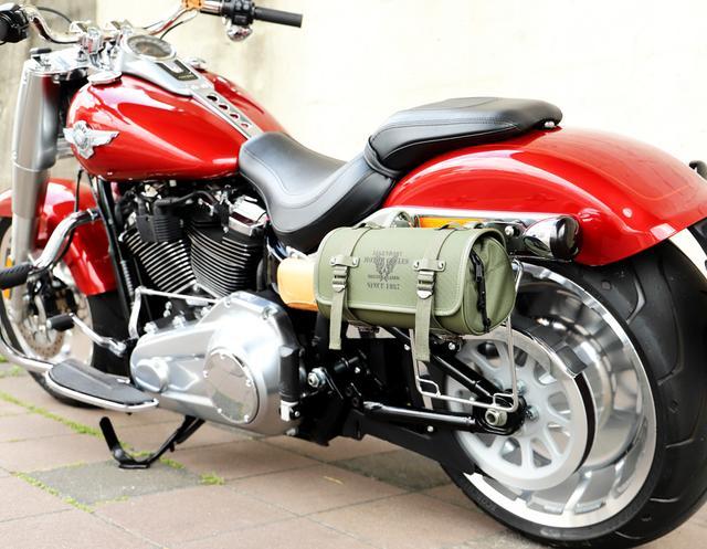画像2: オシャレに積載! ミリタリーテイストのバイク用ツールバッグ