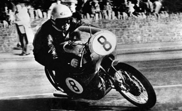 画像: 1959年マン島T.T.レース RC142と谷口尚己選手