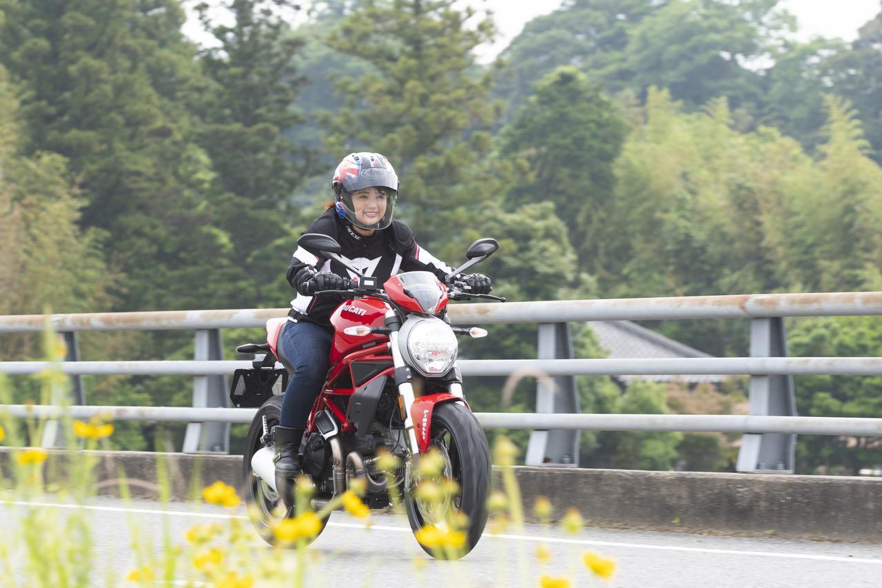 Images : 8番目の画像 - 「平嶋夏海の「つま先メモリアル」(第4回:Ducati モンスター797)」のアルバム - LAWRENCE - Motorcycle x Cars + α = Your Life.