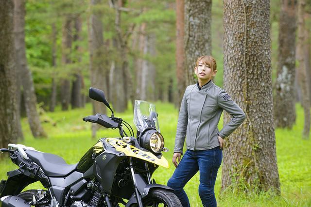 画像4: 葉月美優×SUZUKI V-Strom250 ABS【オートバイ女子部のフォトアルバム】