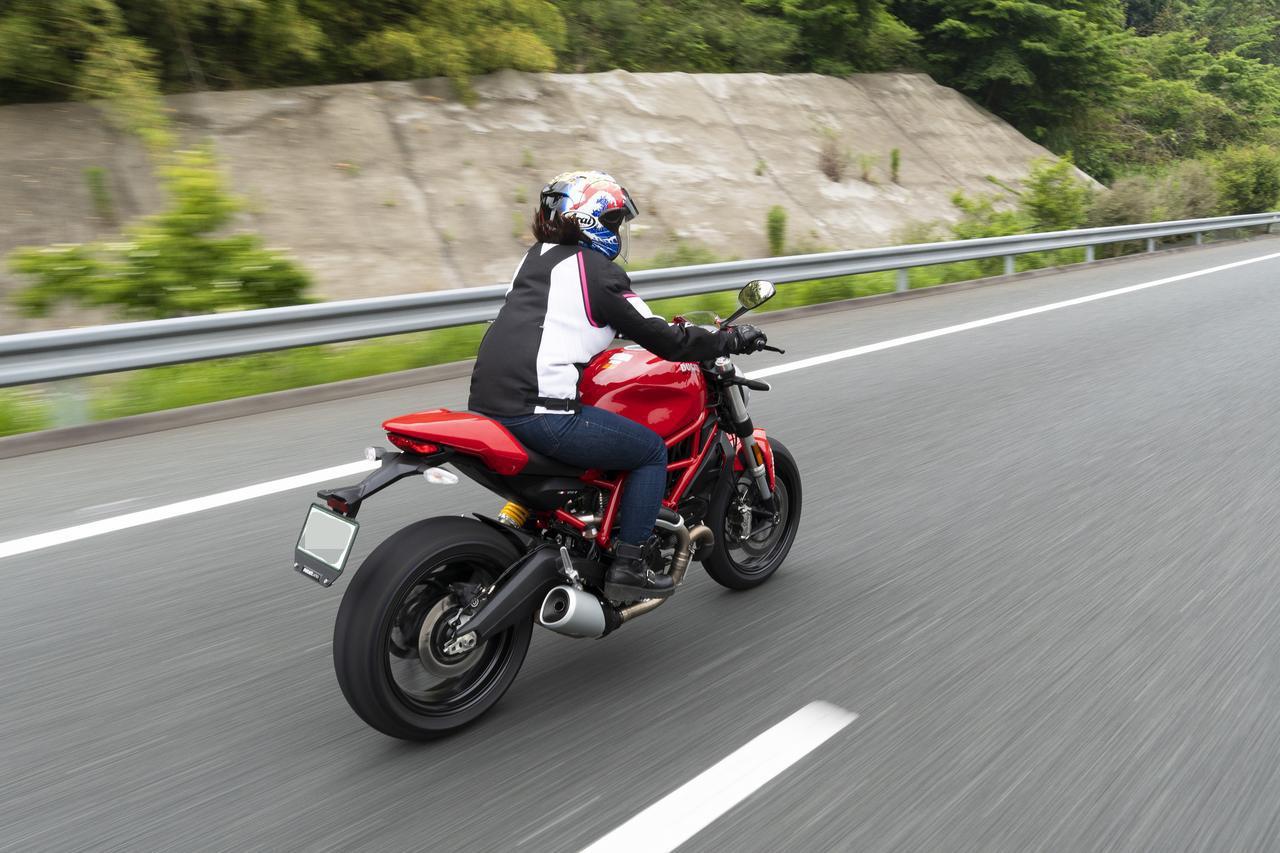 Images : 11番目の画像 - 「平嶋夏海の「つま先メモリアル」(第4回:Ducati モンスター797)」のアルバム - webオートバイ