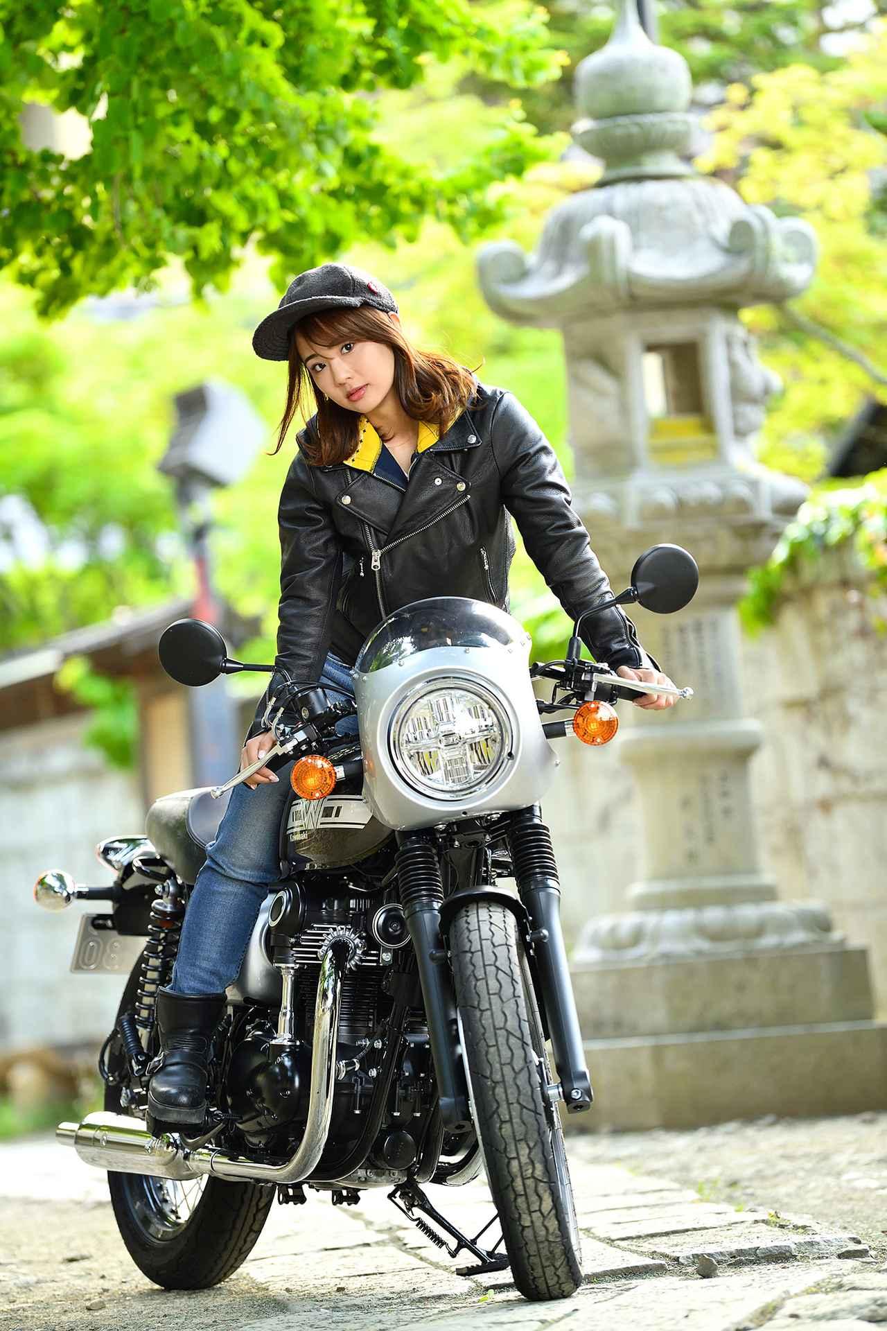 画像5: 平嶋夏海×KAWASAKI W800 CAFE【オートバイ女子部のフォトアルバム】