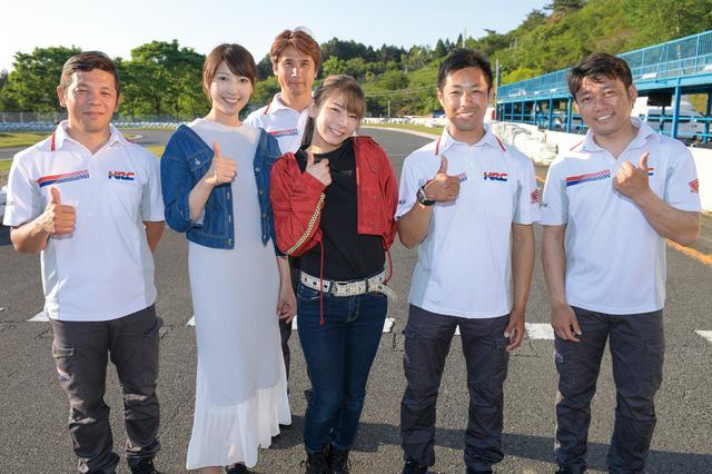 画像: スクール終了後にはアドバイザーの皆さん(左から亀谷長純 氏、伊藤真一 氏、高橋裕紀 氏、秋吉耕佑 氏)と記念撮影。