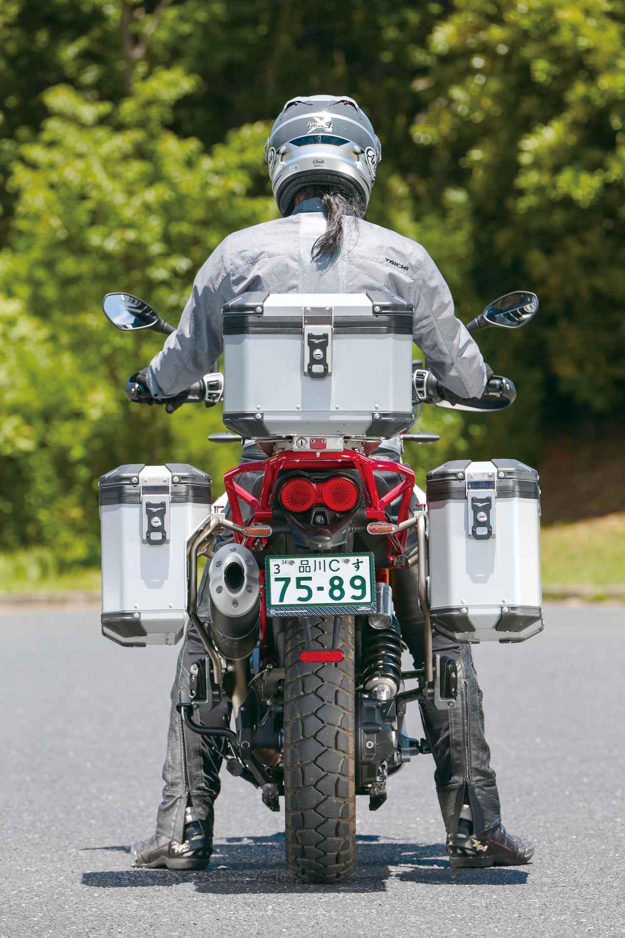 Images : 13番目の画像 - 「伝統の縦置きVツインが生み出すアドベンチャーの新境地!『MOTO GUZZI V85TT』(2019年) #試乗インプレ」のアルバム - webオートバイ
