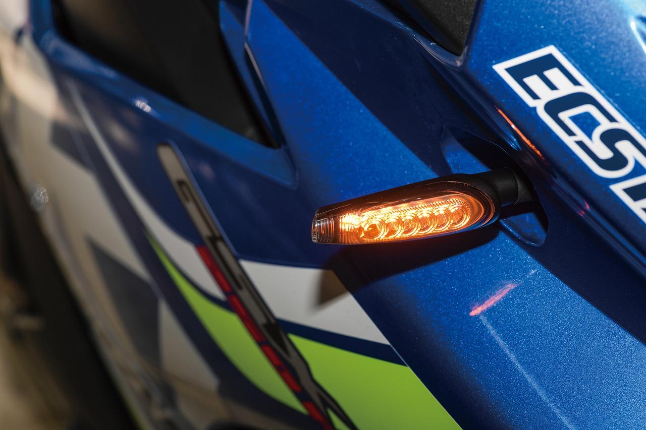 Images : 6番目の画像 - 「車検対応の汎用シーケンシャルウインカー『KIJIMA ウインカーランプシーケンシャルタイプTR LED』」のアルバム - LAWRENCE - Motorcycle x Cars + α = Your Life.