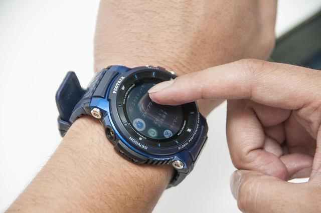 画像: 時計以外の機能が盛りだくさん! アプリをダウンロードして使える