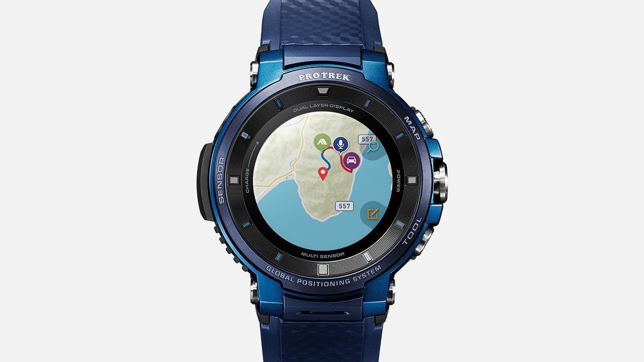 画像: Gショックを始め、長きに渡り様々なデザインの腕時計を作って来たCASIOらしい、とてもカッコいいデザイン。時計のディスプレイにGoogle Mapが表示されています。ついにこんな時代が来たのですね!