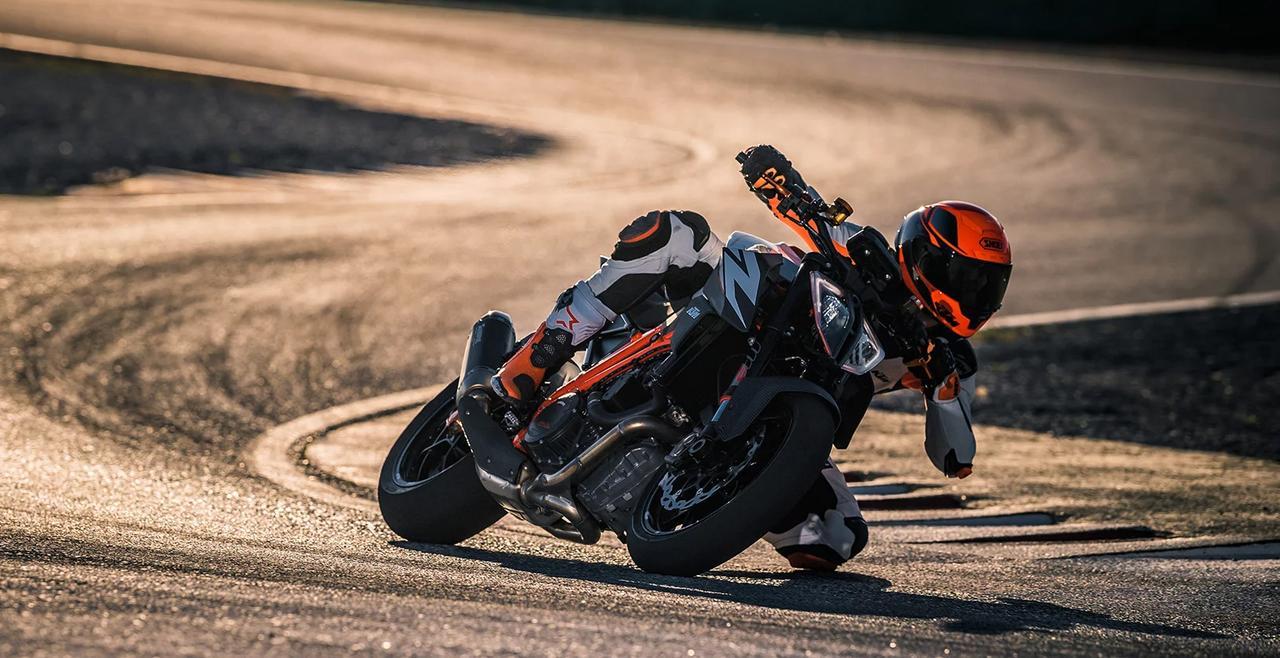 画像: KTM 1290 SUPER DUKE R/税込190万円