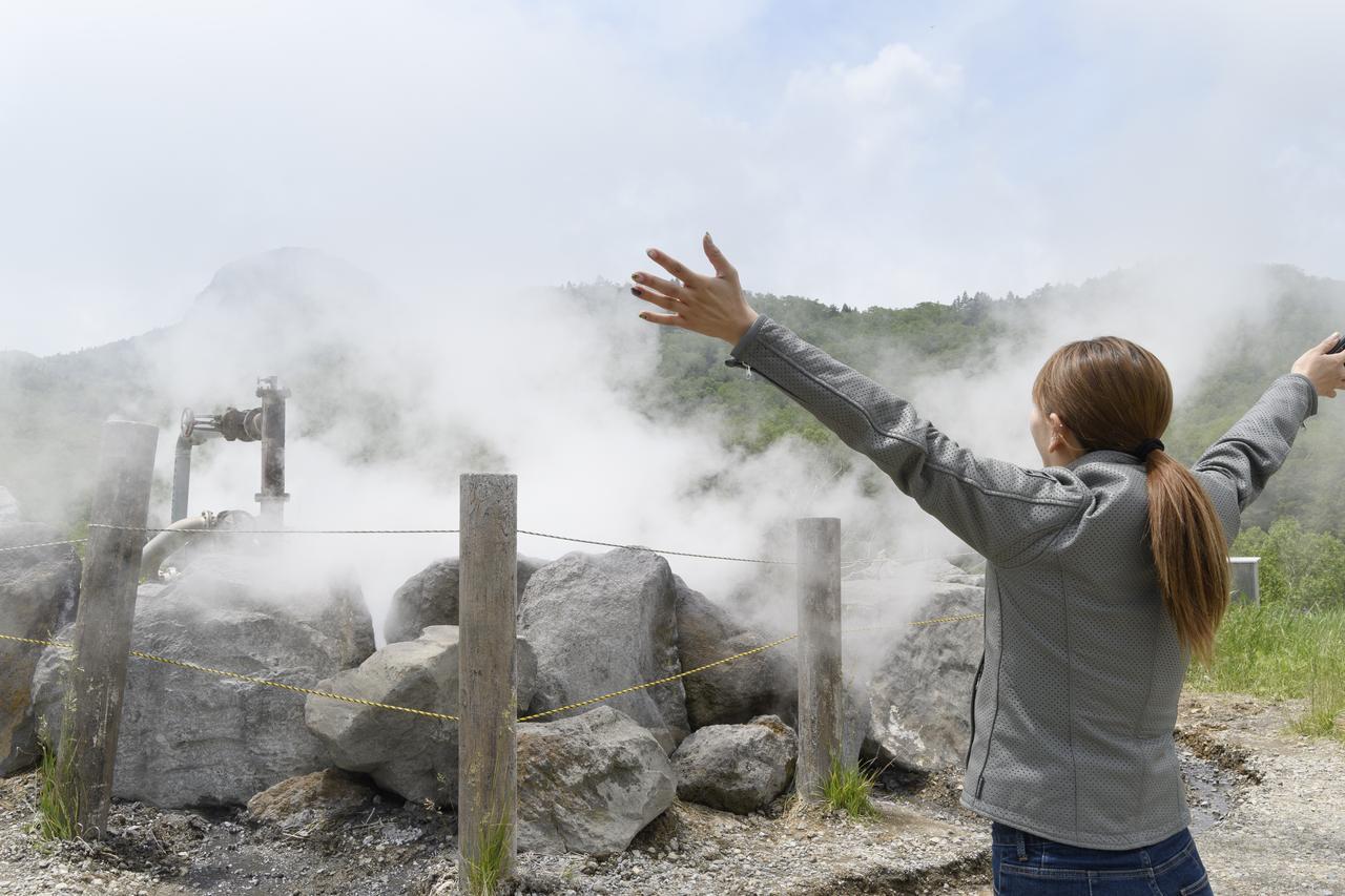 画像1: なにこれ!? 大噴泉を発見!!