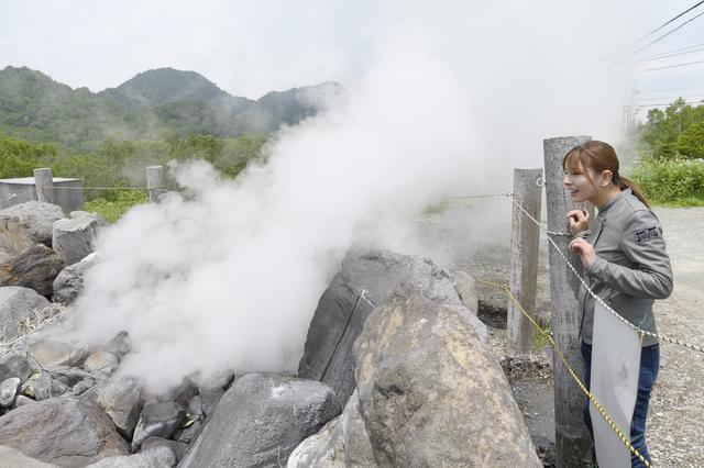 画像3: なにこれ!? 大噴泉を発見!!