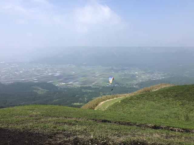 画像4: 大観峰へ(熊本県阿蘇市)