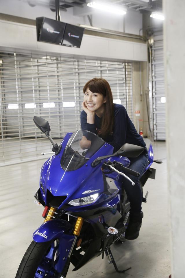 画像1: エントリーフィーは1台5000円、保険料が800円。 富士スピードウェイのゲート入場料は1000円となっています。