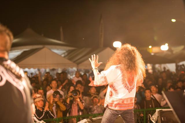 画像: ライブパフォーマンスなどステージイベントも多彩です。