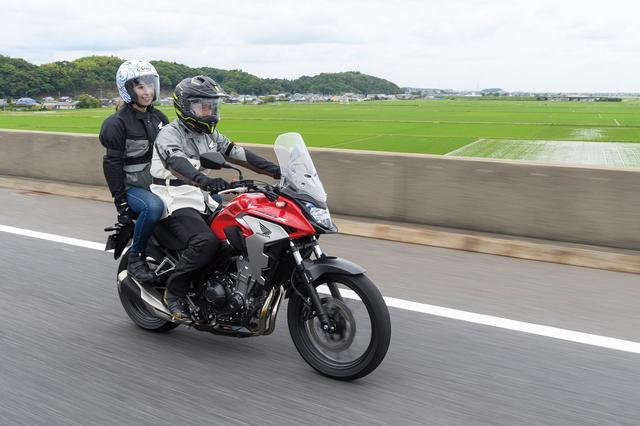 画像1: 400Xは誰にでも乗りやすいサイズ感で実用性の高いアドンベンチャーバイクですね(伊藤)