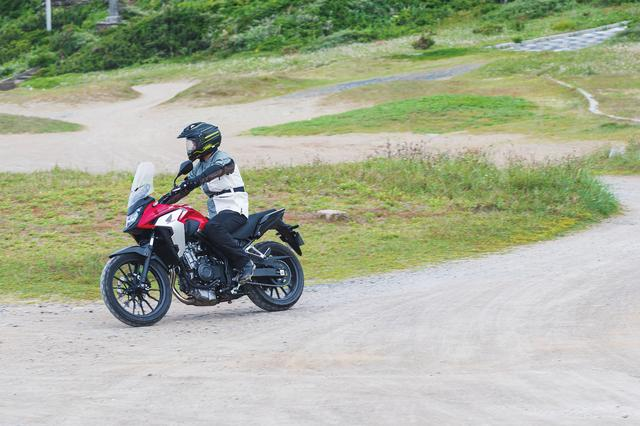 画像1: フロントの19インチ化でタイヤの選択肢が増えて、本格アドベンチャー的な使い方もできるバイクです