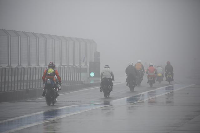画像: 天候不順のときは中止になるの?