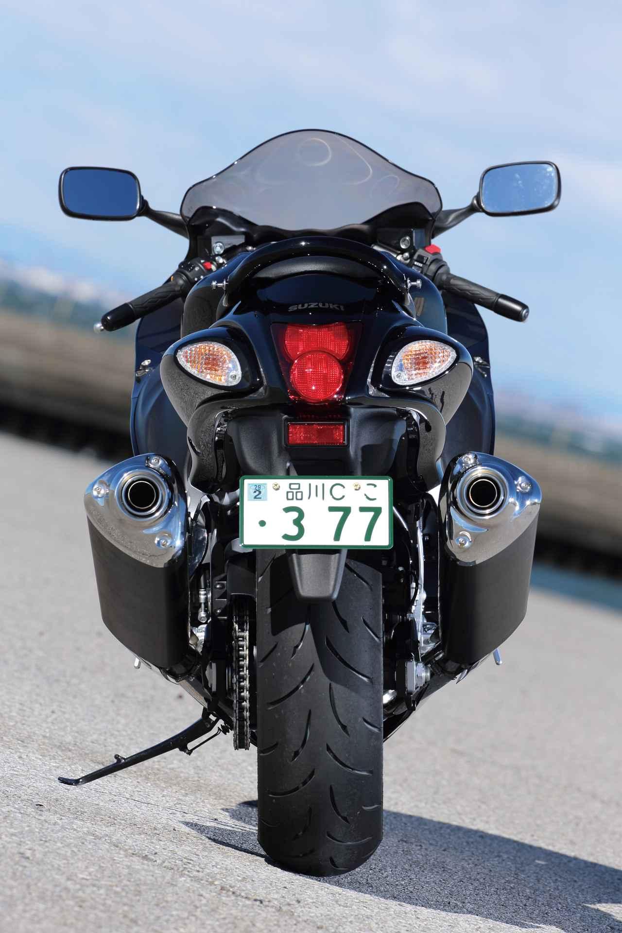 """Images : 2番目の画像 - 「日本の道を走るために生まれた""""最強""""のメガスポーツ『SUZUKI HAYABUSA』(2014年) #試乗インプレ」のアルバム - webオートバイ"""