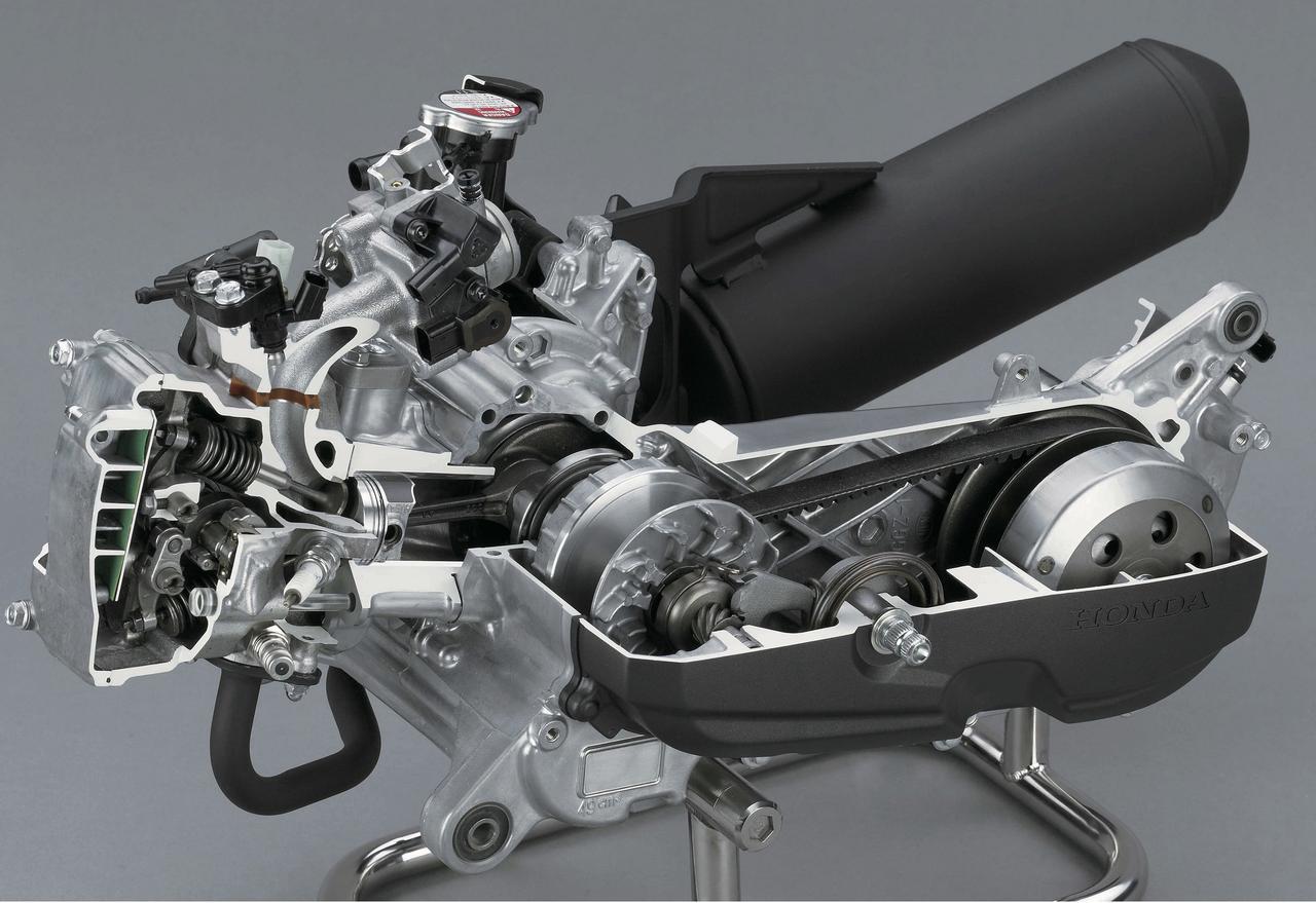Images : 8番目の画像 - 「当時、12年ぶりにホンダがリリースした50ccスクーターでした『ホンダ DUNK』(2014年) #試乗インプレ」のアルバム - webオートバイ