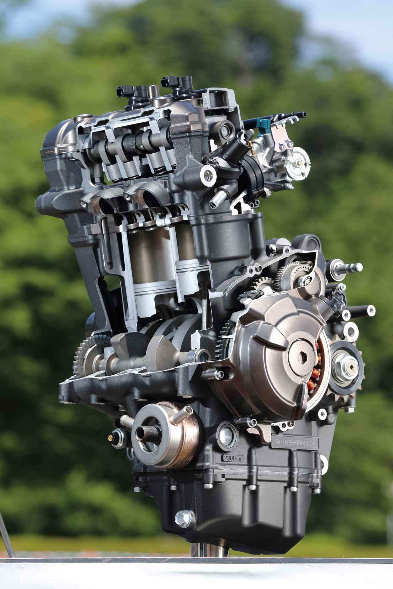 Images : 1番目の画像 - 「スリムなボディにトルキーなエンジン走りを磨き抜いた痛快ミドル!『YAMAHA MT-07 / MT-09』#試乗インプレ(2014年)」のアルバム - webオートバイ