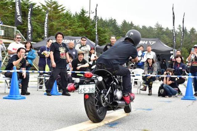 画像: NO LIMIT JAPANによるバイクスタントショー