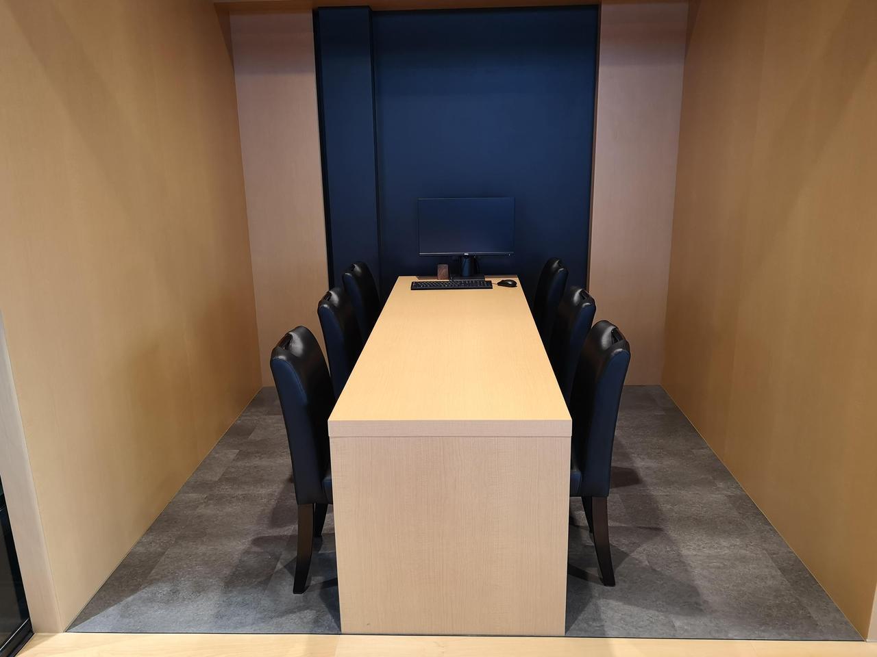 画像: ゆとりのあるゆったりとしたショールームの店内には商談スペースも完備。