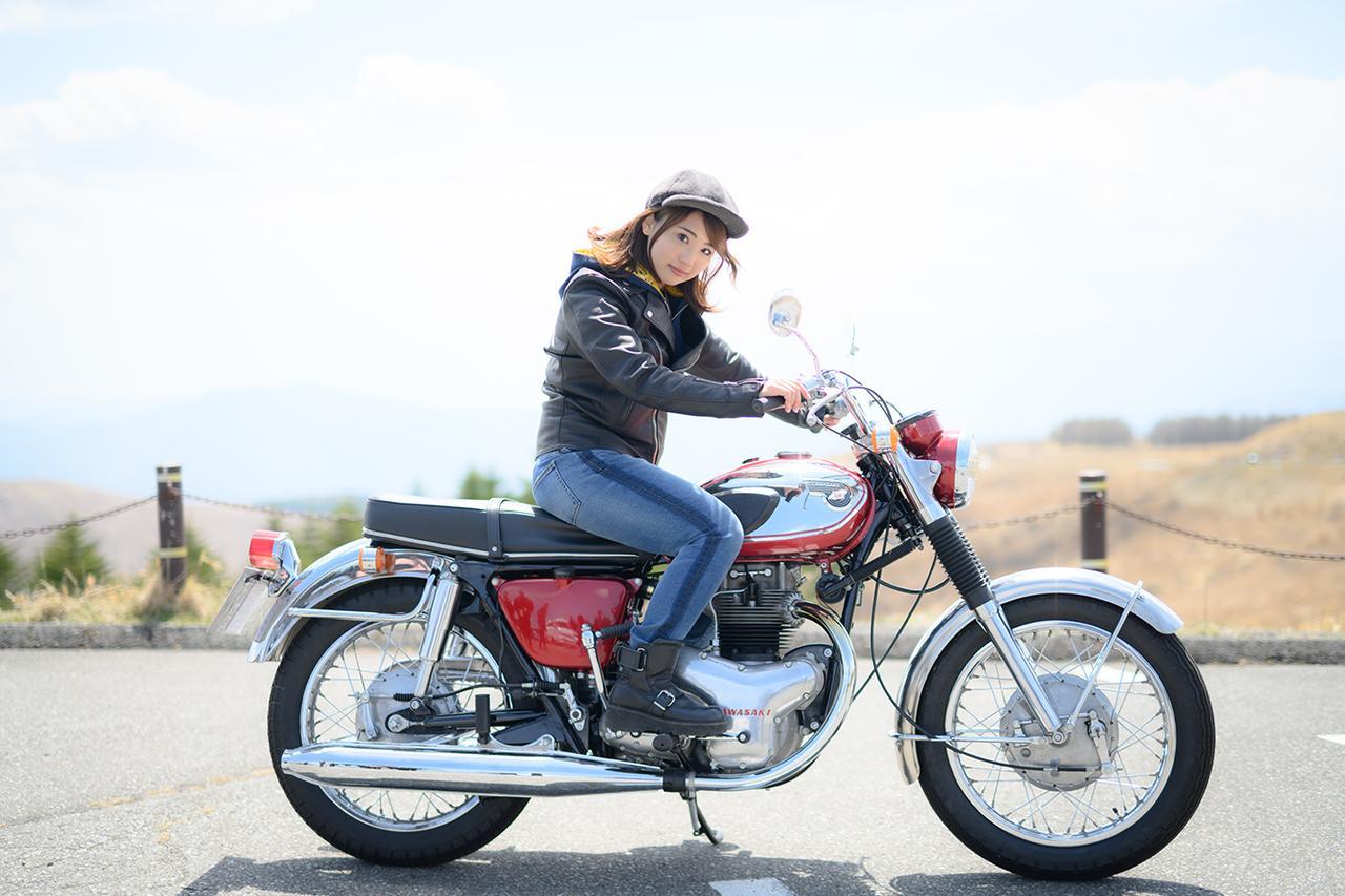 画像1: 平嶋夏海×KAWASAKI 650-W1【オートバイ女子部のフォトアルバム】