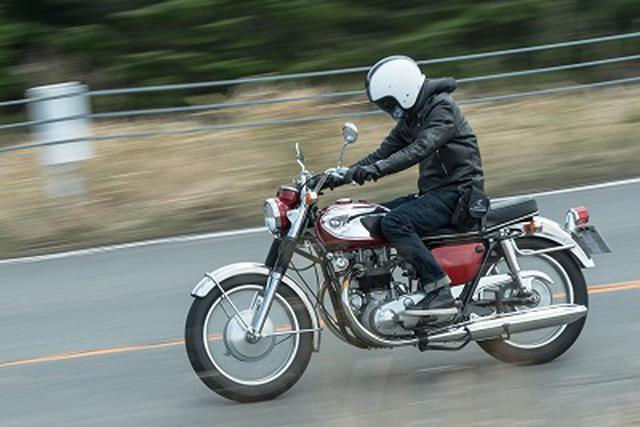 画像: 最新『W』は原点のW1から、どう進化した? special.kawasaki-motors.com