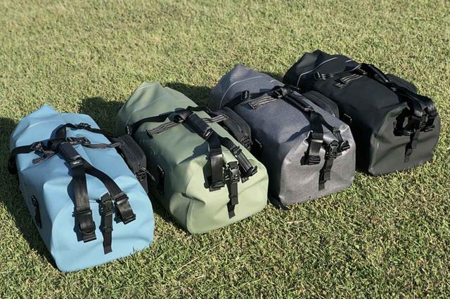 画像: 左から、マットブルー、マットカーキ、マットグレー、マットブラック。どれも捨てがたいTTPLらしいカラーリングで全4色をラインアップ。各1万9969円(税込)