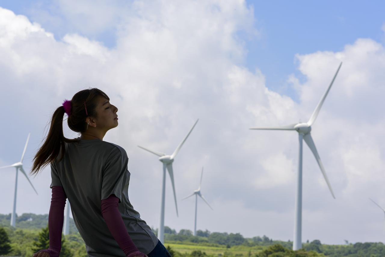 画像3: 風車が回る風の丘、布引高原へ!