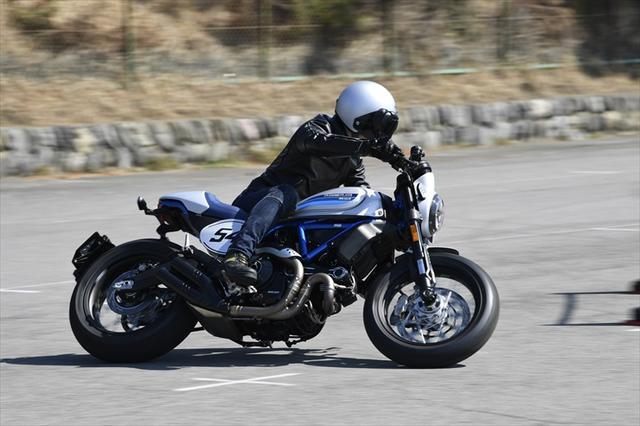 画像: 外国車試乗祭 ── Vol.7 Ducati Scrambler Café Racer スクランブラーなのに、 カフェとはこれ如何に。 | WEB Mr.BIKE