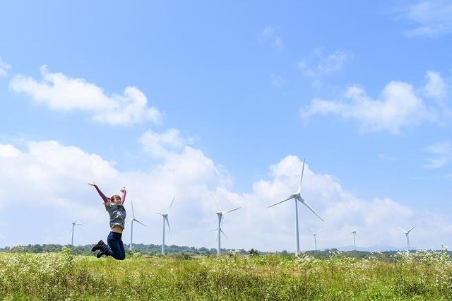 画像1: 風車が回る風の丘、布引高原へ!