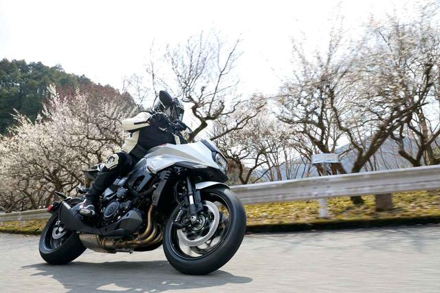画像: 峠道でこそ輝く!? 宮崎敬一郎の新型「KATANA」試乗インプレッション! - webオートバイ