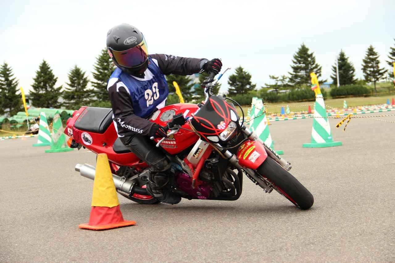 画像: 毎年お世話になっている北海道の小野田尚絵選手(Bクラス)CBR250RR