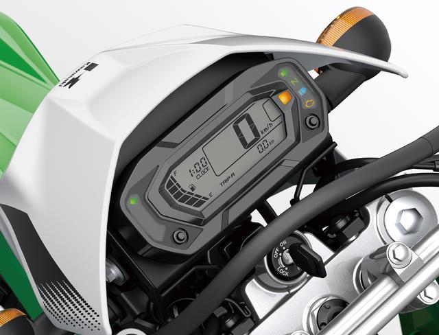 画像: 視認性の高いデジタル表示の大型液晶メーターを採用。バーグラフ式の燃料計や時計機能もあり、ディスプレイ横には各種インジケーターランプを備えた。